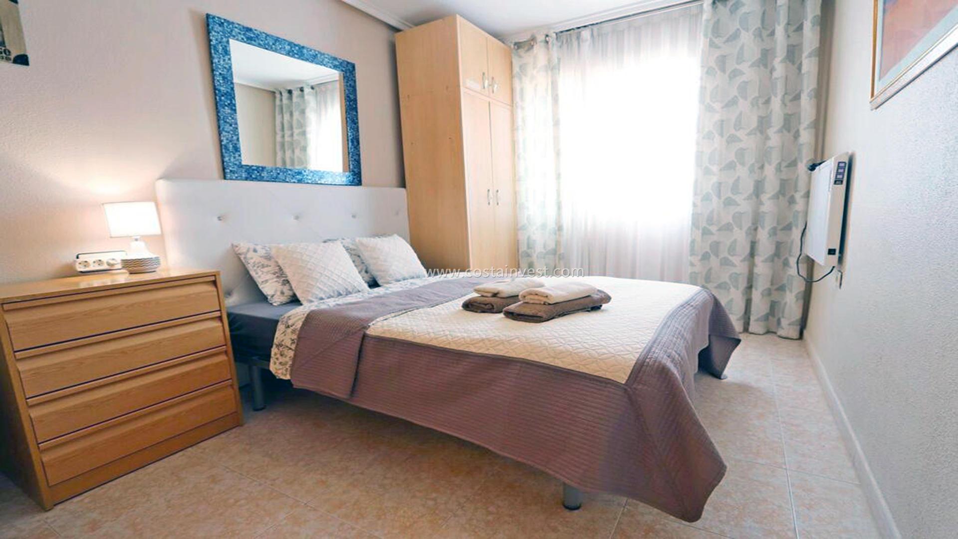 бунгало -                                       Torrevieja -                                       2 спальни -                                       4 человека