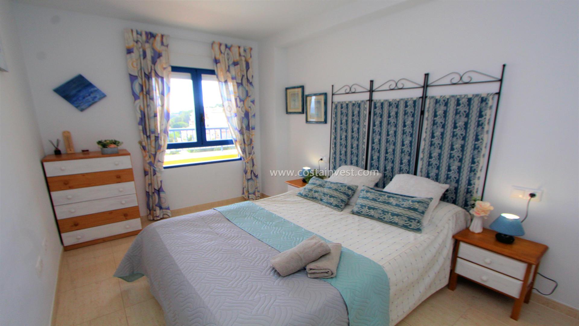апартамент -                                       Orihuela Costa -                                       1 спальни -                                       4 человека